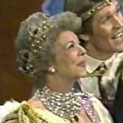 C:\Users\Paul\Pictures\Mr Rogers\queen mumsibell 1505.jpg